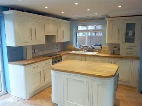 Laminate Flooring Sale B And Q Designed Kitchen High Gloss Designs And Lounge Design Combined Designers Surrey Maple Cabinets Yellow Racks Ikea