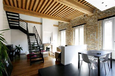 cuisine salle a manger ouverte architecture et rénovation d 39 un appartement avec escalier acier