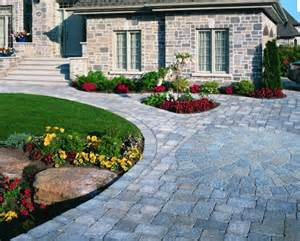 driveway landscaping ideas pictures easy driveway landscaping ideas