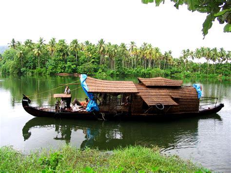 Kerala Houseboat Vacation by Vacation With Family At Kerala Backwaters