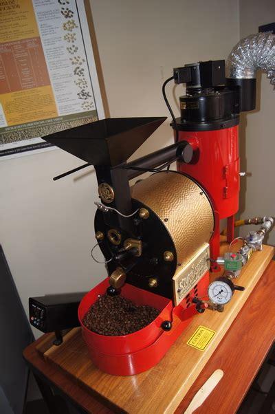 Photo courtesy of black rifle coffee company. Red honey process - Caturra Amarillo - Yapeyú Café Especial Denominación de Origen Matituy - Nariño