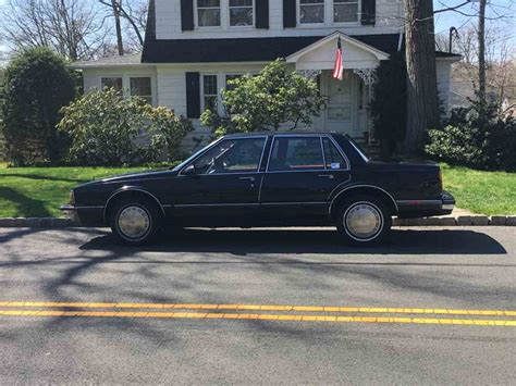 1986 Oldsmobile Delta 88 Royale For Sale