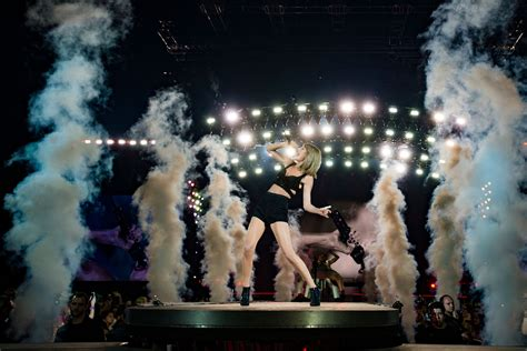 The 1989 world tour, Taylor swift pictures, Taylor swift