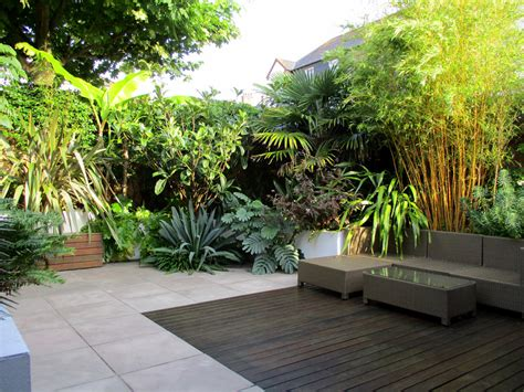 Modern Tropical Garden Design By Post By Lush Garden