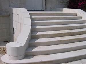 Escalier D Extérieur : construction d 39 escalier ext rieur en pierre naturelle terrasses entreprise de ma onnerie ~ Preciouscoupons.com Idées de Décoration
