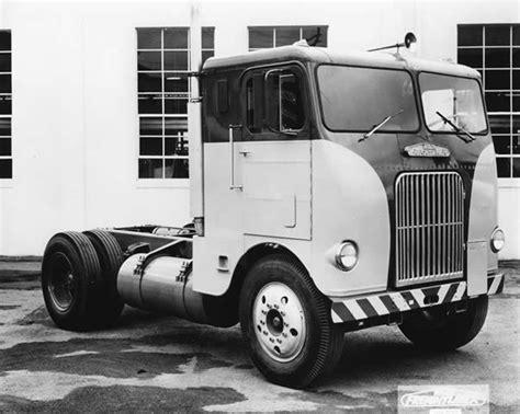 freightliner  truck circa  strange vehicles