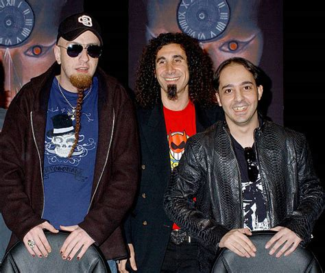 System Of A Best Of Album Photo Of System Of A And Daron Malakian And