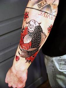 Tattoo Avant Bras : carpe tattou e sur l 39 avant bras par l picerie tattoo ~ Melissatoandfro.com Idées de Décoration