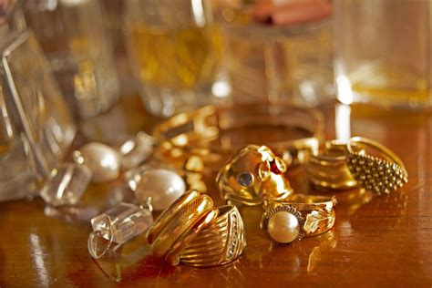 Tips for downsizing jewelry collections - Orlando Sentinel