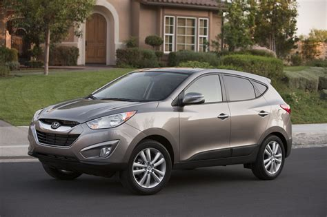 Hyundai Tucson 2011 Review by 2011 Hyundai Tucson Review Ratings Specs Prices And