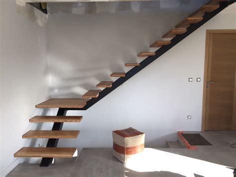 Spécialiste En Escaliers Acier Bois Quart Tournant Dans Le