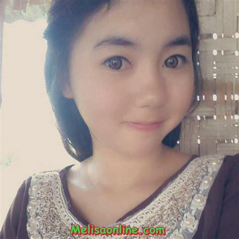 Siswi Sma Berjilbab Cantik Umbar Foto Ciuman Di Facebook