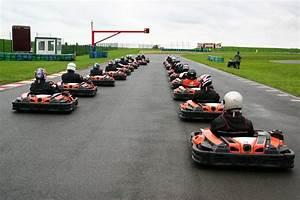 Piste De Karting : piste karting circuit de magny cours ~ Medecine-chirurgie-esthetiques.com Avis de Voitures
