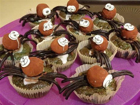 Gruselige Halloween Muffins (Rezept mit Bild) von