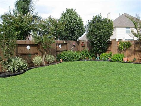 pin     gardening lawncare privacy fence