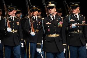 Redesigned Army Uniforms site provides guidance for ...