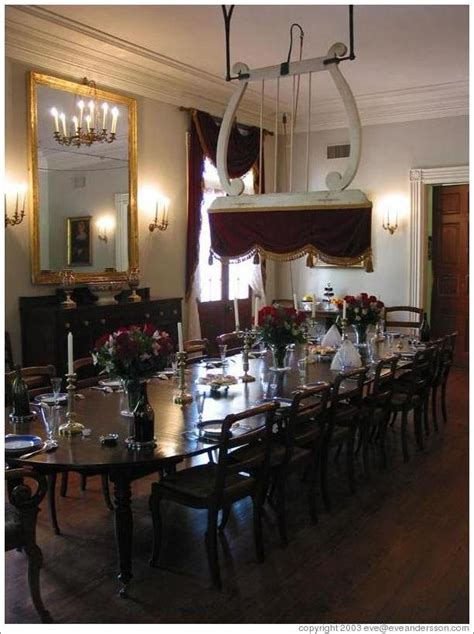 oak alley plantation  structure   dining table