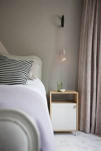 Table De Chevet Suspendue : 1001 id es pour une lampe de chevet suspendue dans la chambre coucher ~ Teatrodelosmanantiales.com Idées de Décoration