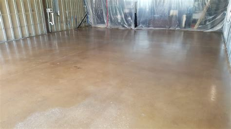 Floor Paint Vs Epoxy by Epoxy Flooring Finishes Vs Floor Paint Zenith Painting