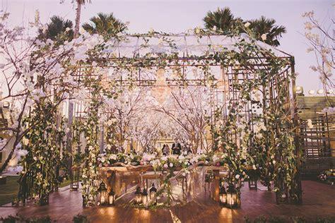tema dekorasi pernikahan favorit weddingkucom