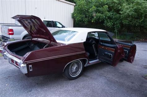 find   chevrolet caprice base hardtop  door