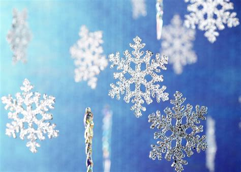 Glitter Snowflake Background by 21 Cool Glitter Backgrounds Wallpapers Freecreatives