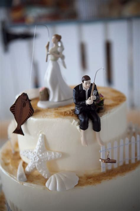 Wedding Cake Toppers by Best 25 Fishing Wedding Cakes Ideas On