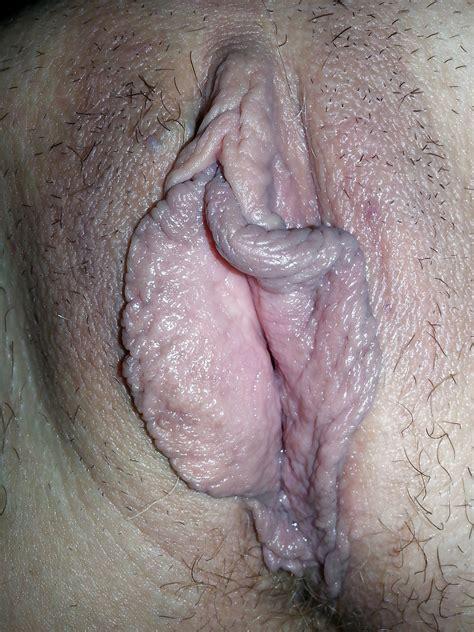 Amateur Mature Pictures Big Pussy Lips 11