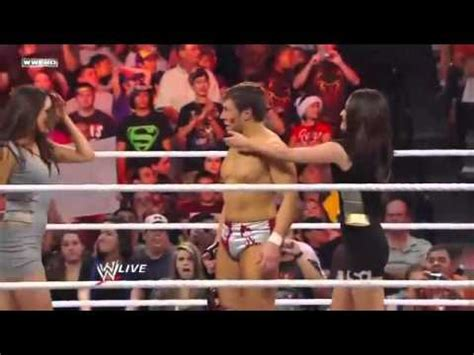 bella twins kissing daniel bryan wwe video fanpop