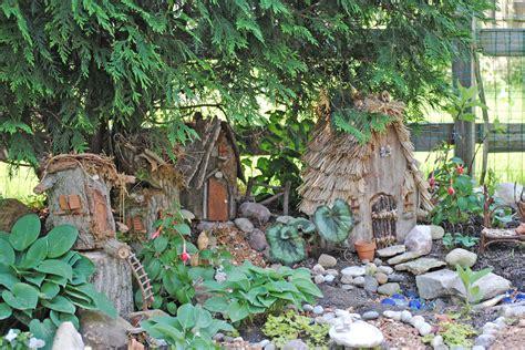 the best fairy houses for the garden