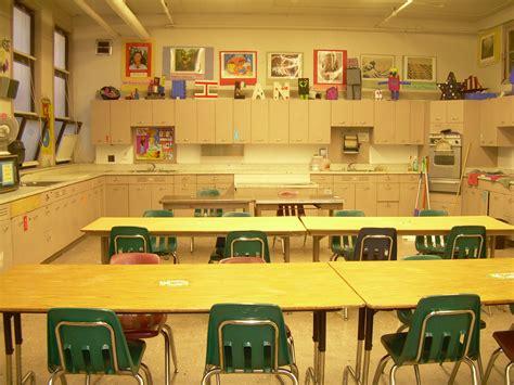 The smARTteacher Resource: Welcome To Art Class