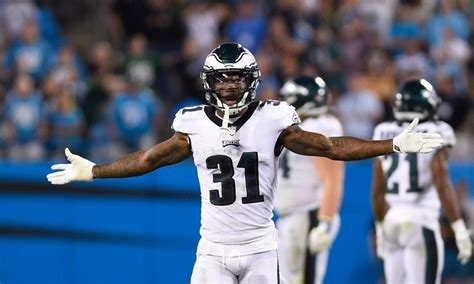 eagles  raiders inactives jalen mills  start  sore ankle