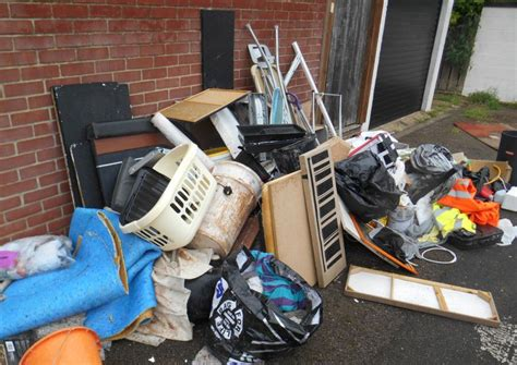 Portsmouth man caught dumping rubbish on road slapped with ...