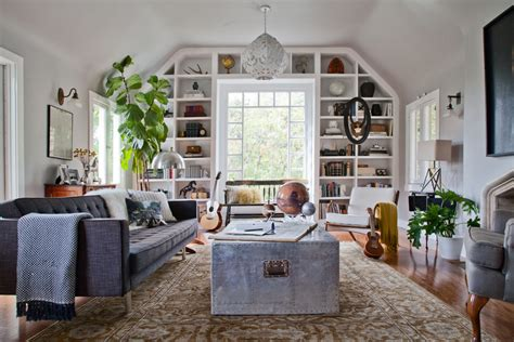 Great Interior By Mixing The With The New by 30 Eclectic Living Room Designs