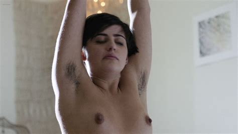 Elizabeth Reaser Nude Butt Jacqueline Toboni Aislinn Derbez Nude Other S Nude Too Easy