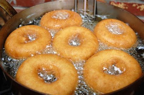 how to make dougnuts cake doughnuts