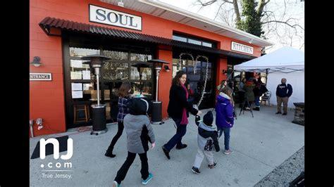 Jon Bon Jovi Restaurant Served Free Lunches Unpaid