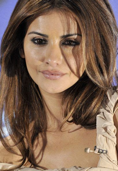 spain actress kiss best 25 monica cruz ideas on pinterest penelope cruz