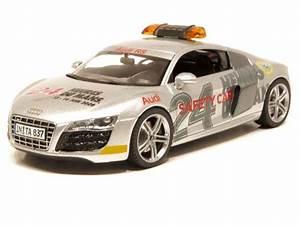 Audi Occasion Le Mans : audi r8 v10 safety car le mans 2009 schuco 1 43 autos miniatures tacot ~ Gottalentnigeria.com Avis de Voitures