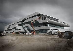 Zaha Hadid Architektur : hadid bau in montpellier eingeweiht show aus stahlbeton architektur und architekten news ~ Frokenaadalensverden.com Haus und Dekorationen