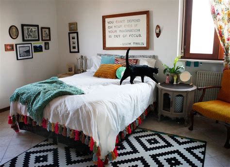 Bedroom Decor Ideas Diy by Diy Yarn Tassel Duvet Blanket Freckle Fair Recipes