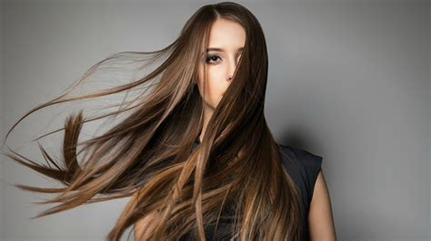 Why Your Hair Stops Growing After A Certain Point