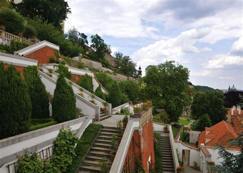 Castle And Palace Gardens Prague Stay