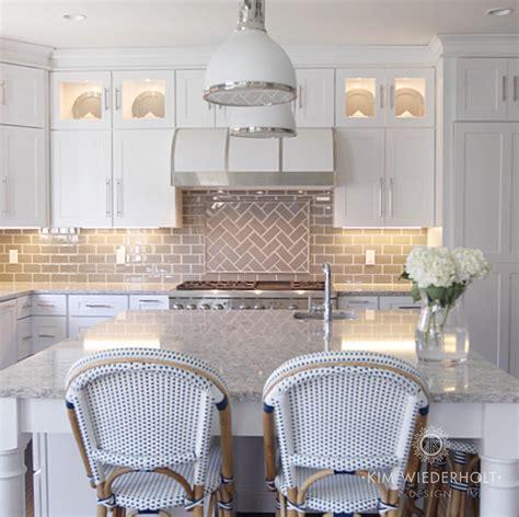 accent tile  range design ideas