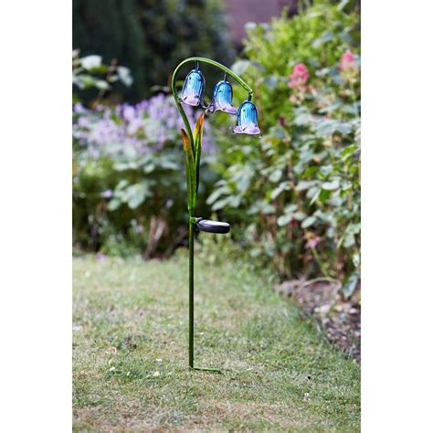 solar powered bluebell stake light 2 pack smart garden