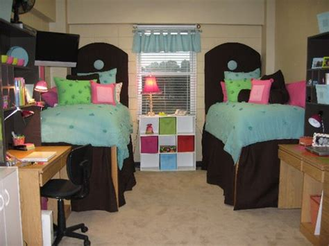 For All Things Creative! Cute Dorm Rooms