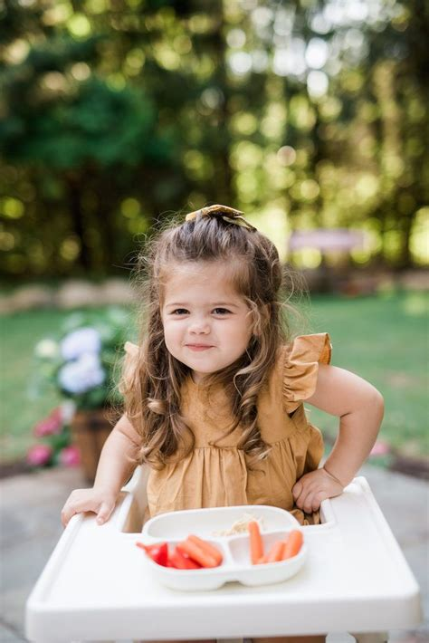 Eating dinner as a family is a modern trend i am very happy to follow and recommend to others. Kid Friendly Hummus | Recipe | Kids menu, Picky eaters ...
