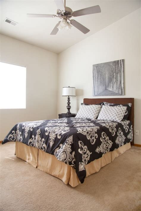 One Bedroom Apartments In Columbia Mo by Apartments For Rent In Columbia Mo Dbc Rentals Dbc Rentals
