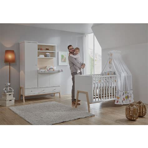 chambre bébé baby schardt set pour chambre d 39 enfant nature avec lit
