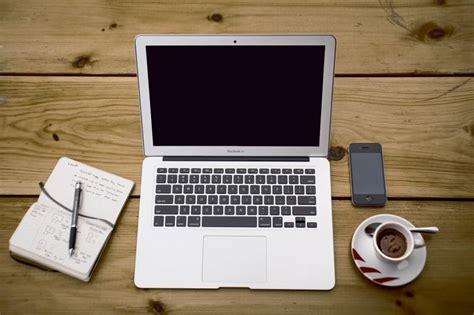 Travail à Domicile: 12 Solutions Concrètes Pour Travailler